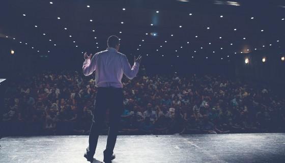 איך הרצאות מקדמות מנהלים בחברות ובארגונים?